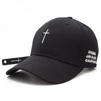 siyah kemer nakışı toptan satış-Luoguoguo Yeni Moda Kadın Erkek Çapraz Kemer Beyzbol Şapkası Siyah Nakış Mektup Snapback Şapka Rahat Pamuk Doruğa Kap Kemik