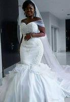 afrikanisches hochzeitskleid machen großhandel-Weinlese-Schatz-afrikanische Satin-Nixe-Hochzeits-Kleider Spitze Appliques schnüren sich oben Korne Sleeveless Plus Size Custom Made Bridal Gowns