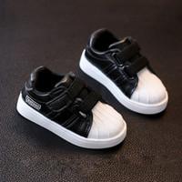 erkek kızlar gündelik beyaz ayakkabılar toptan satış-Çocuk Ayakkabıları Kız Vulkanize Ayakkabı Çocuklar Rahat Sneakers Erkek Sonbahar Açık Rahat Beyaz PU Yumuşak Sole Yürüyor Çocuk Ayakkabı