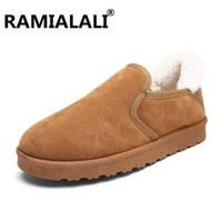 erkekler için en sıcak ayakkabılar toptan satış-Ramialali Kış Sıcak Pamuk Moda erkek Ayak Bileği Çizmeler Peluş Kürk Erkekler Çizmeler Sıcak Çalışma Kar Erkekler Üzerinde Kayma rahat Ayakkabı