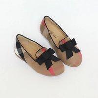 ingrosso babys si inchina-Una vendita di alta qualità 2018 vendita bambini ragazze bambini scarpe casual c'è un arco in alto