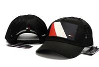 casquettes de baseball noir achat en gros de-Nouveau créateur de mode haute qualité maille chapeau 6 panneau casquette de baseball réglable chapeaux pour hommes femmes snabpack noir rouge marine hip hop casquettes