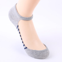 corbata de algodón gris al por mayor-Mujeres calcetines invisibles Tie raya calcetines de barco japoneses Cómoda boca baja de algodón al por mayor negro gris azul marino para damas