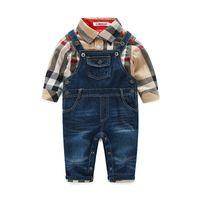 ingrosso pantaloni camicie jeans-T-shirt da bambino a maniche corte per bambini Camicie a quadri scozzese + bretelle di jeans Pantaloni completi Abbigliamento per bambini Imposta i vestiti dei ragazzi di autunno
