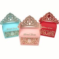 şeker lekeleri torba kutuları toptan satış-Prenses Taç Düğün Şeker Kutuları Çikolata Hediye Kutuları Romantik Kağıt Şeker Çanta Kutusu Düğün Şeker Kutuları Favor