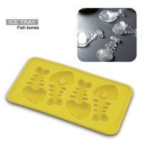 Wholesale fishing gadgets - Bulk Lots 20*11*2cm Fish Shaped Ice Cubes Silicone Ice Cream Tray Mold 5 Colors Pudding Maker Gadgets Fit for - 40~230Degree