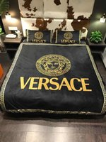 Wholesale patterned bedding sets for sale - Hot Sale Medusa Suit Bedding Sets Classic Pattern Pillow Case Queen Size Luxury Quilt Cover Soft Winter Bed Cover