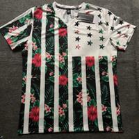 impresión de la camiseta del cuello v al por mayor-Venta al por mayor 2018 verano para hombre diseñador de la camiseta de moda V cuello estiramiento cuerpo camiseta de los hombres de la flor de la flor impresión 3D hip hop Tee