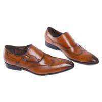 couro perfurado genuíno venda por atacado-Brand New Couro Genuíno Perfurado Detalhe Wingtip Brogue Men Dress Shoes Deslizamento Em Fivela Cinta Marrom Sapatos Formais