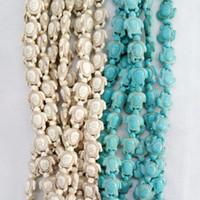 fabrication de bijoux en pierres turquoises achat en gros de-En gros sculpté Sea Howlite tortue perle Pierre charme pour bracelets fabrication de bijoux 14 * 18mm blanc Turquoise Turquoise pierre perles