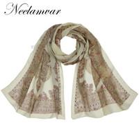 dc5a542e7a4d Neelamvar Fashion nouvelle arrivée 2018 printemps et en automne en mousseline  de soie femmes écharpe en polyester long châle de soie douce de l Inde