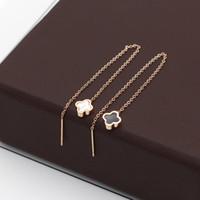 aretes de doble cara al por mayor-Mini pendientes japoneses y coreanos en blanco y negro de concha mini pendientes de oro rosa Pendientes de acero de titanio de la moda coreana