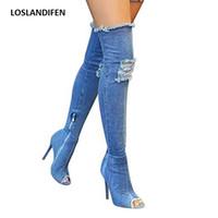 diz boyu artı boyutu toptan satış-Kadınlar Delik Kot Çizmeler Yaz Sonbahar Peep Toe Diz Çizmeler Üzerinde Kaliteli Yüksek Elastik Kot Moda Yüksek Topuklu Artı Boyutu