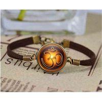 om armband silber großhandel-Vintage Muster Om Symbol Armband Hindu Yoga Schmuck Armband Namaste Silber Halsreif Glas Anweisung Armbänder