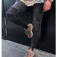ingrosso ginocchio grande foro dei jeans-Men Knee Eversion Ripped Big Hole Men Jeans 2018 new Streetwear Skateboard Straight Pants Uomo Casual pantaloni elastici