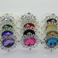 Wholesale beautiful clothes woman online - Napkin Ring Beautiful Sparkling Gemstones Clothing Small Lovely Woman Drilling Buckle Plastic Wedding Party Table Decorations yp bb