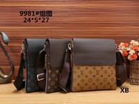 Wholesale male leather briefcase - 2018 Famous Brand Leather Men Bag Briefcase Casual Business Leather Mens Messenger Bag Vintage Men's Crossbody Bag bolsas male wallets A002