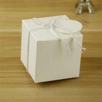 étuis en papier dessert achat en gros de-Style européen Mariage Boîte De Bonbons Kraft Papier Rétro Dessert Cas Cadeaux Boîtes De Faveur De Fête 5 * 5 CM 0 2zj Ww
