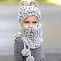bufanda hecha a mano conjunto de sombrero al por mayor-Niños bufandas de punto conjunto niños cálidos hechos a mano de invierno gorros sombreros niñas lindo color sólido mantón poncho conjunto de cabos