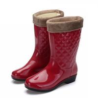 Wholesale transparent women boots for sale - Women Tall Rain Boots Ladies Low Hoof Heels Waterproof Graffiti Buckle High Nubuck Round Toe Rainboots Fashion SD325