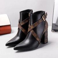 botas de mujer de cuero sexy al por mayor-Botas de invierno para mujer Moda de cuero real de alta calidad Zapatos de tacón alto Marca de lujo Clásico Sexy Cruzada Hebilla Martin Boots