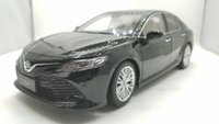 Wholesale diecast 18 - 1:18 Diecast Model for Toyota Camry 2018 Alloy Toy Car Miniature Collection Gift 8th Generation XV70