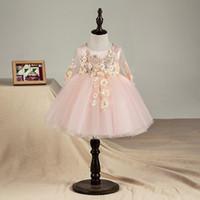 kız vaftiz 가운 tül toptan satış-En Kaliteli Çiçek Yenidoğan Bebek Kız Vaftiz Elbisesi Pembe Tül Bebek Kız Prenses Vaftiz Elbise Toddler Doğum Günü Giysileri