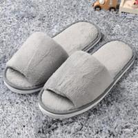 zapatos de casa de lana al por mayor-Zapatillas de casa para mujer de invierno con punta abierta Zapatillas de franela Cálido Zapatillas de peep-toe Forro interior de la casa de lana Zapatillas de deporte