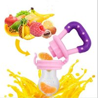 Wholesale kids drinking bottles - Creative Baby S~L Pacifiers Silicone Kids Drinkware Fresh Food Feeder Feeding Nipple Dummy Fruits Nibbler Soother Bottle Clip Chain
