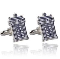 gemelos tardis al por mayor-Doctor Who TARDIS Gemelos de casa misteriosa para hombre Blue Police-Box Gemelos Doctor Who DR Regalo de boda perfecto para padrinos de boda