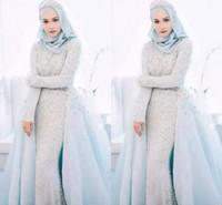 mavi müslüman gelinlik toptan satış-Lüks 2018 Buz Mavi Müslüman Gelinlik Boncuklu Kristal İnciler Romantik Arapça Düğün Örgün Törenlerinde Müslüman Gelin Elbise
