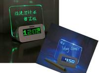 floresan mesaj panosu saati toptan satış-Yaratıcı Multifuntion Floresan Mesaj Elektronik Kurulu Çalar Saat Minil Kalem Severler Hediye ile Sessiz Aydınlık Neon Mesaj