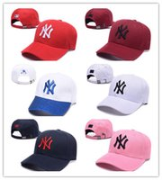Wholesale 3d embroidery hats - Top Selling 2018 New NY Baseball Caps Hiphop Men Women Adjustable Hats 3D embroidery MLB New York Yankees Snapback Cap