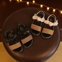 90923fcf Diseñador de zapatos de verano sandalias para niñas de calidad china bebé  niña zapatillas de deporte para niños pequeños zapatos de playa para niños  venta