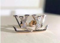 büyük kadın klipleri toptan satış-Earing Büyük Kristal Gül Altın Gümüş Kulak Ceketler Takı Kadınlar Için Yüksek Kalite Yaprak Kulak Klipler Damızlık Küpe Beyaz Rhinestone