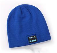 sombreros de gorro fresco al por mayor-Nuevos hombres mujeres Beanie Bluetooth sombrero llamada música estéreo cálido fresco punto Bluetooth auriculares moda gorra