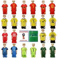 shorts de futebol juvenil venda por atacado-Juventude Bélgica Jersey Crianças Futebol 7 Kevin De Bruyne Kits de camisa de futebol 10 Eden Hazard 1 Thibaut Courtois 9 Romelu Lukaku com calça curta