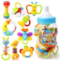 top oyuncak çıngıraklı toptan satış-9pcs / Bebek çıngırak diş kaşıyıcınız, Top Shaker, Kepçe ve Spin Çıngırak, diş kaşıyıcınız Oyuncak Bebek Bebek Sigara Toksik Renkli Bebek Oyuncaklar için Set oyna set