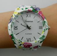 relógio de quartzo flor das senhoras venda por atacado-2018 Pulseira de Genebra Ladies Designer de Relógio de Pulso Liga Flor Strap Ladies Watch Genebra Impresso Relógio de Quartzo A606