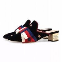 ingrosso molla di velluto-Spring Velvet Embroidery Black Med Heel Women Slippers Punta quadrata Bowknot Red Crystal Heel Women Mules Heels