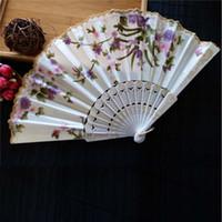ingrosso ventilatori di mano di ballo giapponesi-Nuovo cinese giapponese vintage fantasia ventaglio pieghevole mano pizzo di plastica fiore di seta fan fan forniture per regalo