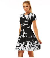 d5aa8d0782e3 Europeu e americano verão pena branca plissada saia impressão digital  vestido de mangas curtas cintura alta elástico saia de rua
