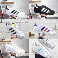 quality design 922ca a1936 2018 Neue Superstar adidas Superstars shoes Schuhe Schwarz Weiß Gold  Hologram Junior Superstars 80er Jahre Stolz Turnschuhe Super Star Günstige  Frauen ...