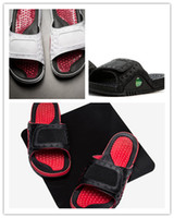 Wholesale white high heels size 11 - 2018 Wholesale high quality men 13 VI Rubber Hydro Slippers New design red white rubber summer huaraches Slipper with Box size 7-11