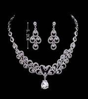 wasser perlenkette set großhandel-Wassertropfen hochwertige Kristalle Hochzeit Braut Schmuck Mithelfer Set (Ohrring + Halskette) Crystal Fashion Design mit Faux Perlen HKL566