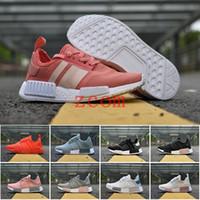 mükemmel kadın toptan satış-2019 NMD R1 Primeknit PK Mükemmel Nmd Koşucu Kadın Erkek için Koşu Ayakkabıları Yüksek Kalite Nmds Primeknit Sneakers Marka Eğitmenler Spor Ayakkabı