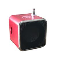jeu de haut-parleur sd achat en gros de-Radio numérique TD-V26 Mini haut-parleur radio portable Récepteur FM Prise en charge de la batterie rechargeable Lecture de musique sur carte SD / TF