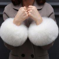 acessórios de pele falsificados venda por atacado-Acessórios de Moda senhora Vestuário Aquecedores de pele Falso Manguito luvas luva falsos algemas Oversized fox cabelo manguito pulseira mão pulso