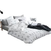 ropa de cama de matrimonio para niños al por mayor-TUTUBIRD leers blancos y negros imprimir ropa de cama 100% coon juego de cama edredones de los niños modernos almohada cubre 4pcs reina tamaño Twin