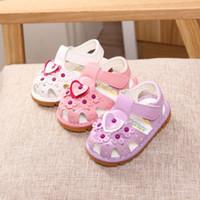 lila babywanderer großhandel-Neugeborene Baby Mädchen Walker weiche Sohle weiß lila rosa Kinderwagen Schuhe Trainer Sommer